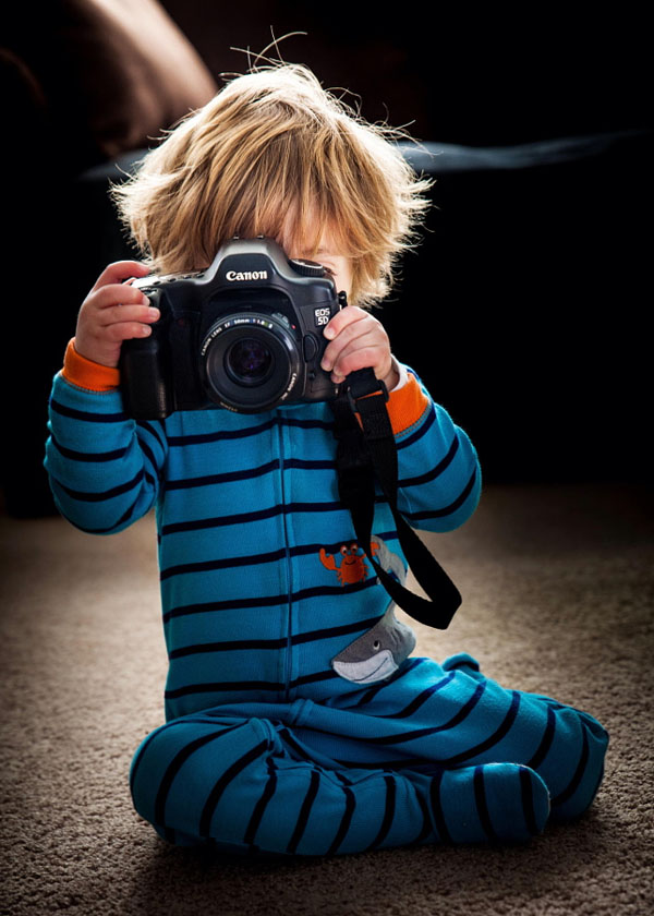 kid-holding-camera-photo-19