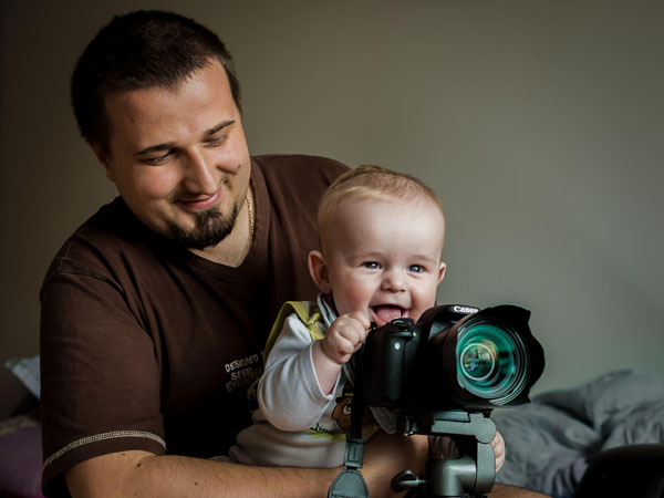 kid-holding-camera-photo-21