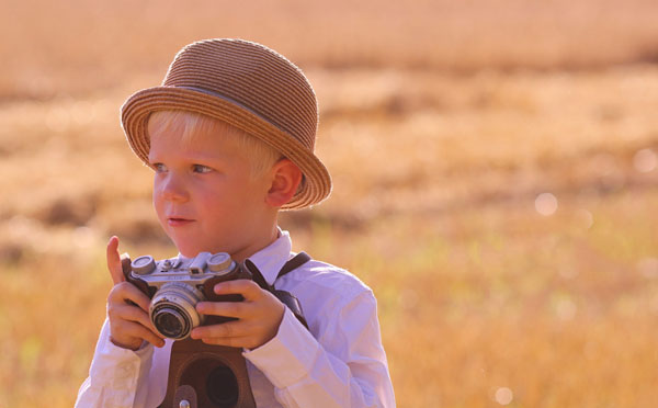 kid-holding-camera-photo-28